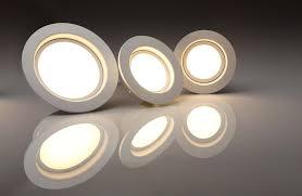 Elegáns LED lámpatest