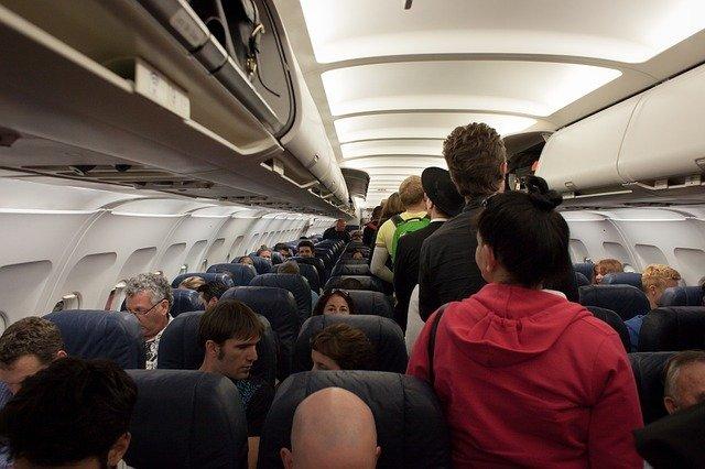 csoportos utazás repülővel